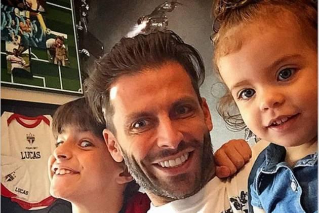 Henri Castelli e os filhos - Reprodução/Instagram