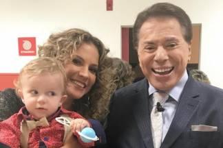Maíra Charken, o filho e Silvio Santos - Reprodução/Instagram