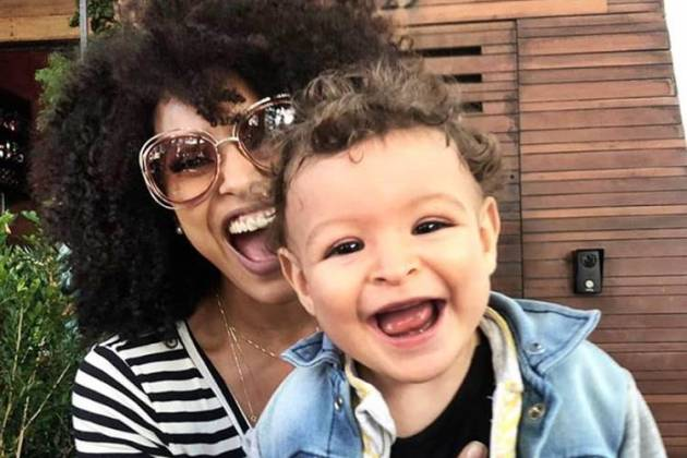 Sheron Menezzes com o filho/Instagram
