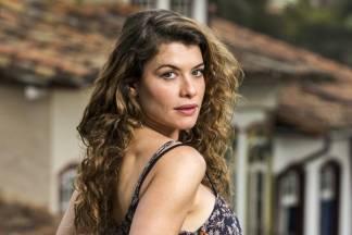 Alinne Moraes (Globo/João Miguel Júnior)