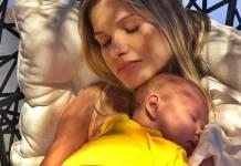 Andressa Suita com o filho/Instagram