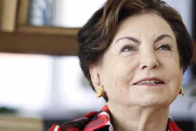Beatriz Segall - Reprodução