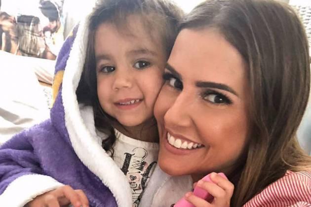 Deborah Secco e a filha, Maria Flor/Instagram