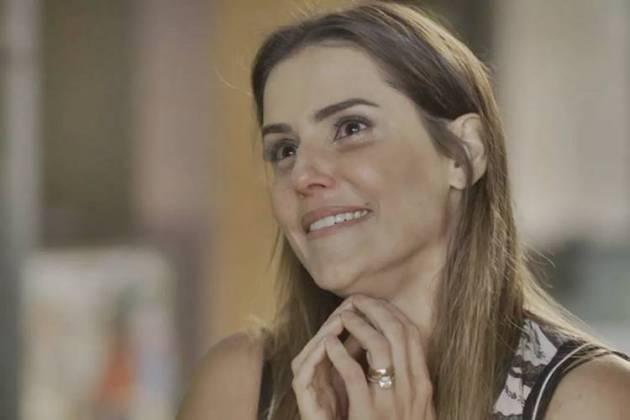 Segundo Sol - Karola fica aos prantos (Reprodução/TV Globo)