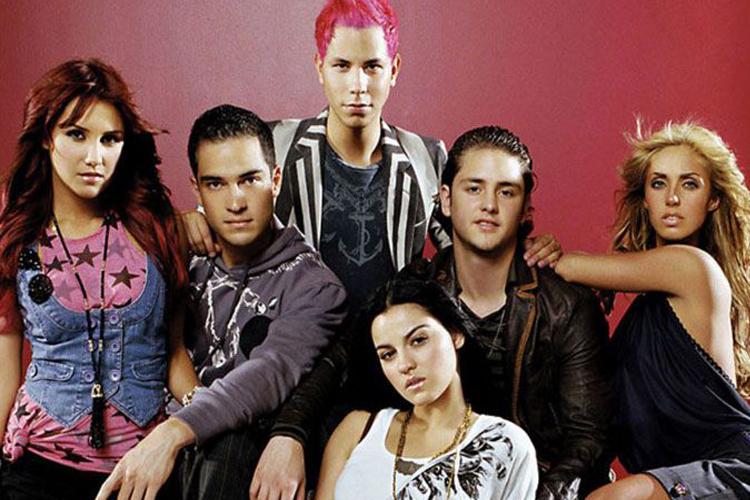 Ex-integrante do RBD muda completamente e surpreende fãs