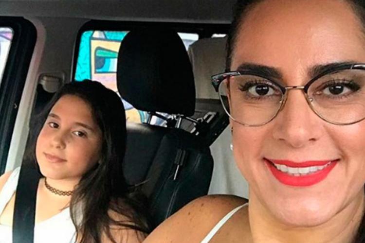 Silvia Abravanel comemora aniversário da filha e faz depoimento emocionante