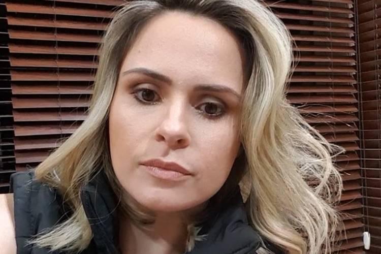 A Fazenda 10: Ana Paula Renault usa as redes sociais para pedir votos à Chulapa