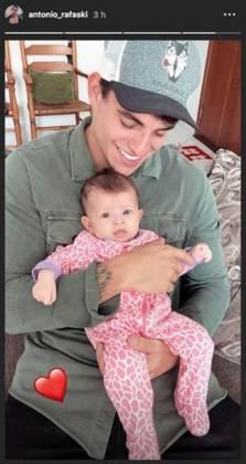 Antonio Rafaski e a filha - Reprodução/Instagram