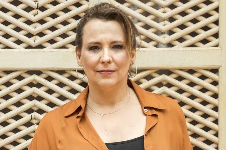 Ana Beatriz Nogueira promete humor em novo trabalho em 'O Sétimo Guardião'