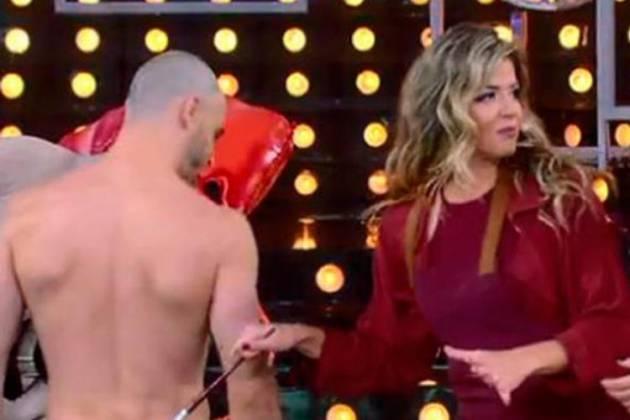 Ator sem roupa - Reprodução/TV Globo