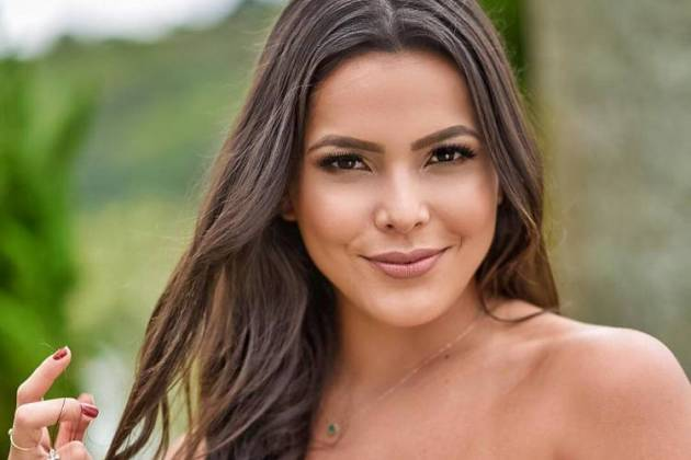 Emilly Araújo