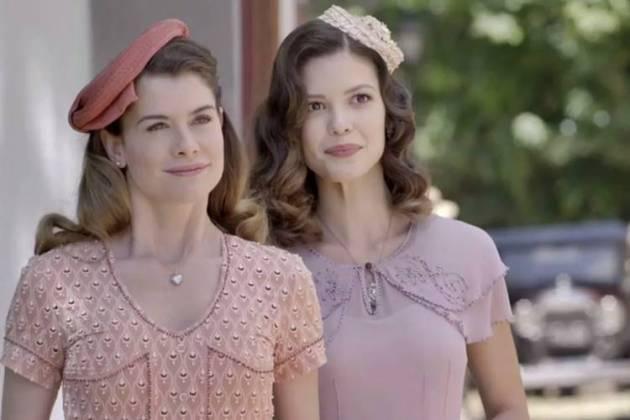 Espelho da Vida - Dora e Julia (Reprodução/TV Globo)