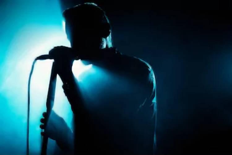 Famoso cantor é acusado de estupro; veja quem é