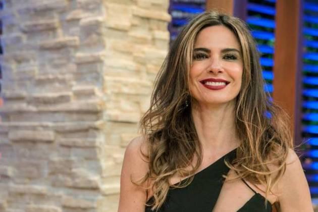 Luciana Gimenez comanda o 'Superpop' e 'Luciana By Night' - Reprodução/Instagram