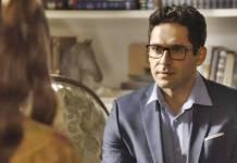 O Tempo Não Para - Lúcio conversa com Marocas (Reprodução/TV Globo)