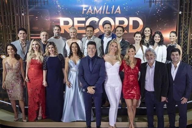 Artistas no Família Record/Instagram