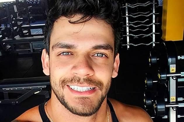 Caique Aguiar (Foto: divulgação Instagram)