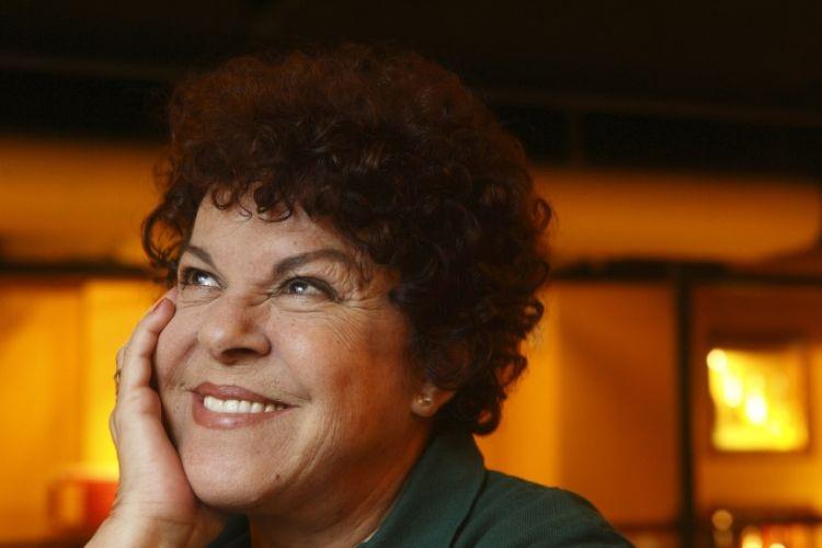 Cantora Miucha, irmã de Chico Buarque, morre aos 81 anos
