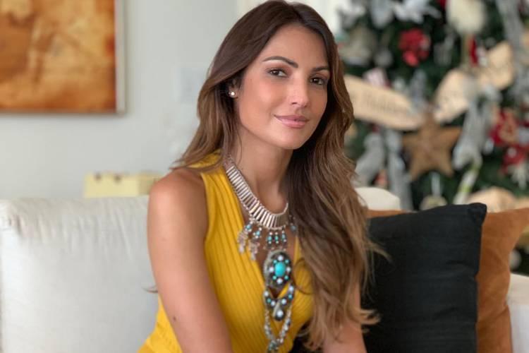 Patrícia Poeta posta foto com a mãe e beleza impressiona seguidores