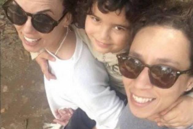 Thalita Carauta com a esposa e o filho - Reprodução/Instagram