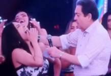 Faustão bate com microfone em bailarina - Reprodução/Instagram