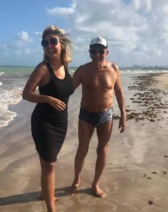 Renata Domingues e Carlos Alberto de Nóbrega - Reprodução/Instagram
