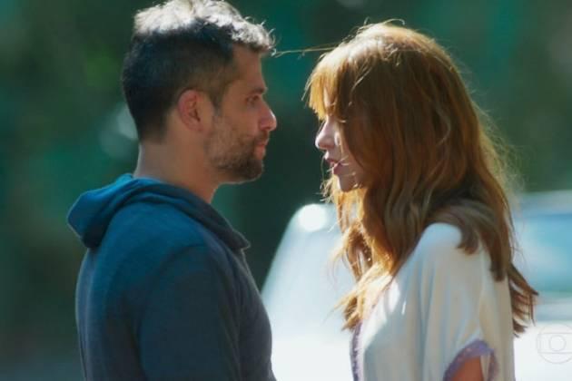 Luz e Gabriel, personagem de Bruno Gagliasso. Confira!