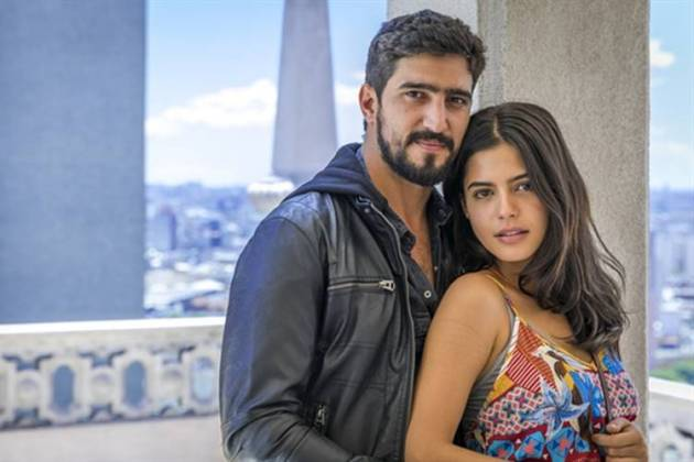 Órfãos da Terra - Jamil e Laila (Globo/Paulo Belote)