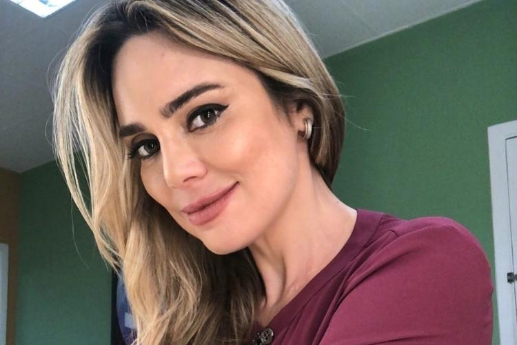 """Rachel Sheherazade faz agradecimento após ganhar Prêmio Área VIP: """"Muitíssimo obrigada"""""""