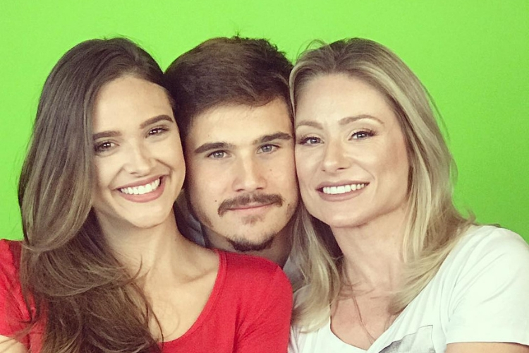 Giselle Prattes, Nicolas Prattes e Juliana Paiva/Reprodução Instagram