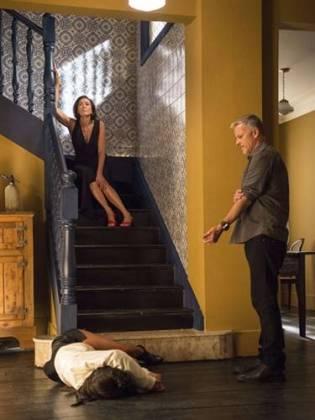 O Sétimo Guardião - Valentina tenta matar Laura ( Globo/Estevam Avellar)
