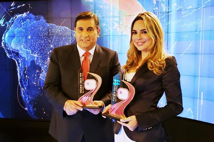 Rachel Sheherazade e Carlos Nascimento recebem Prêmio Área VIP
