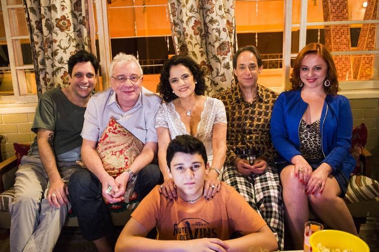 Globo realiza mudança drástica e promove criador de 'A Grande Família' como autor de novelas