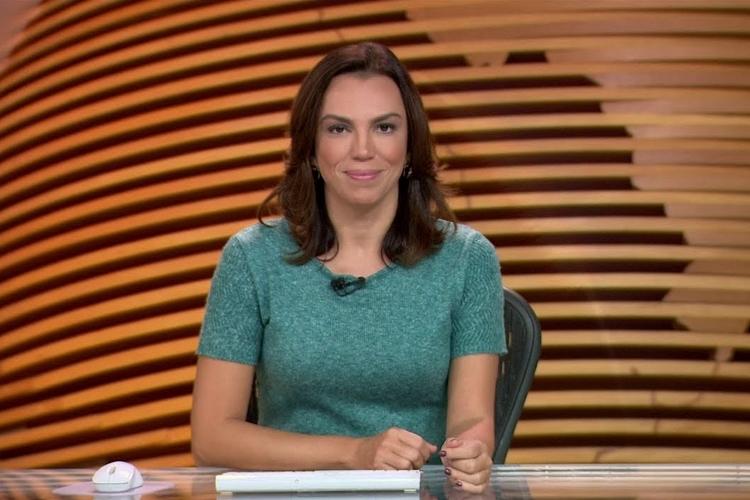 Apresentadora da Globo choca ao mostrar portaria do canal cheia de lama