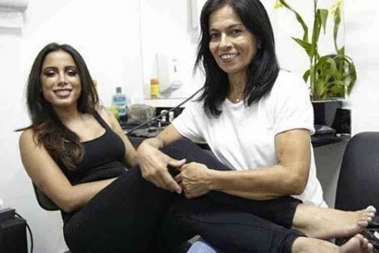 Anitta e a Mãe/Reprodução Instagram
