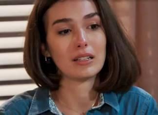 Verão 90 - Larissa (Reprodução/TV Globo)