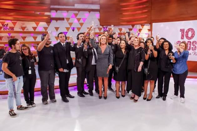 Christina Rocha com equipe ( Gabriel Cardoso/SBT)
