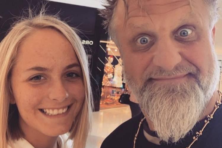Morre aos 22 anos a filha do percussionista da banda Slipknot