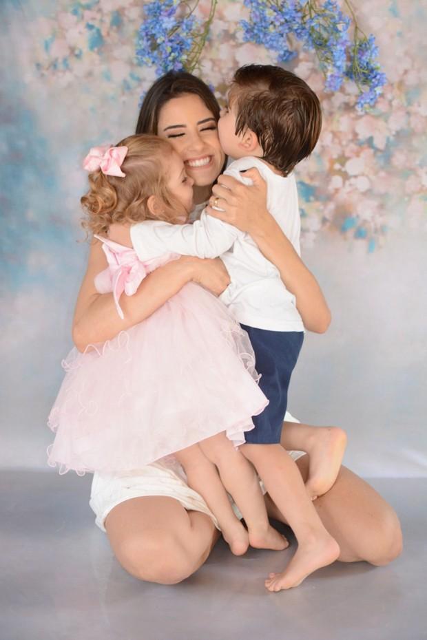 Hudson e família (Rafa Luz/Divulgação)