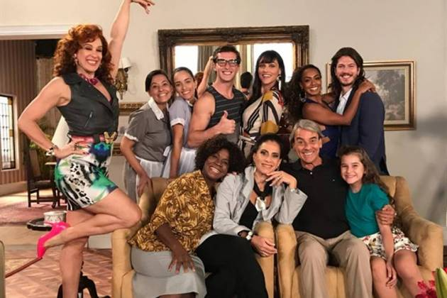 Verão 90 - Mainha aprova a performance do tigre Patrick/TV Globo