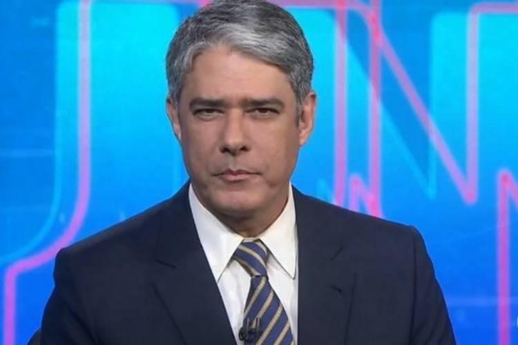 Durante 'Jornal Nacional', William Bonner critica Crivella após veto à Globo