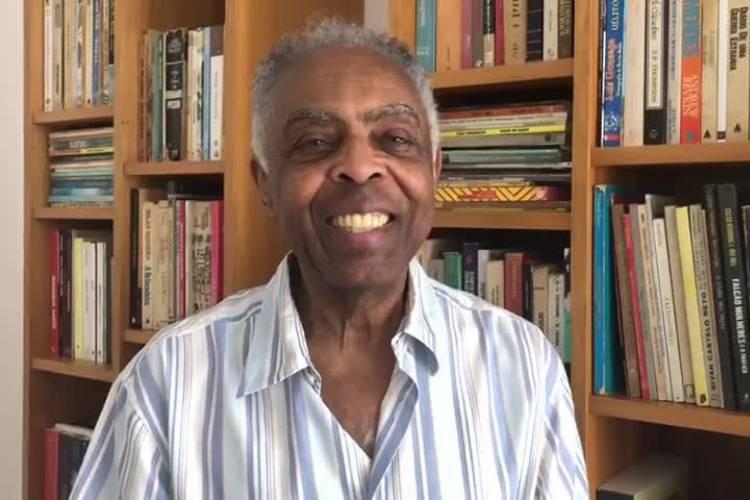 Aos 77, cantor Gilberto Gil fala sobre saúde
