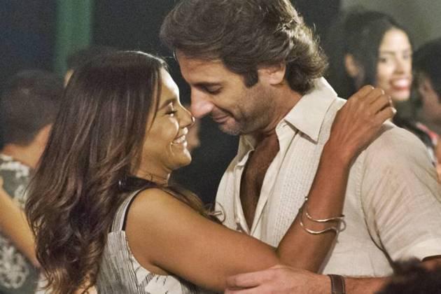 Verão 90 - O primeiro beijo de Janaína e Raimundo (Globo/Cesar Alves)
