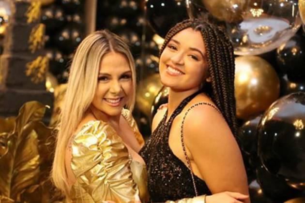 Carla Perez e Camilly Victoria/Instagram