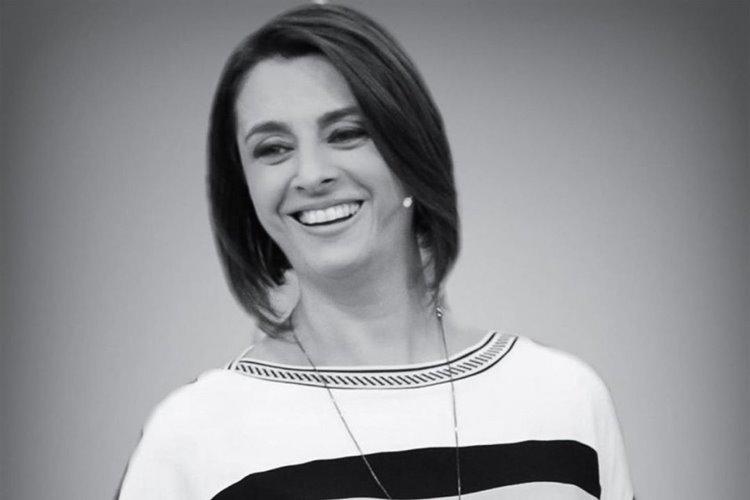 Catia Fonseca volta ao passado e surpreende com diferença; Veja!