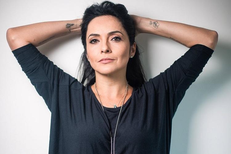 """Izabella Camargo faz análise sobre 2019 e garante: """"Melhor ano da minha vida"""""""