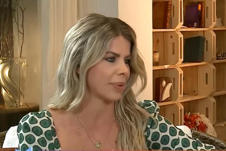 Karina Bacchi desabafa e explica motivo sobre fim do primeiro casamento