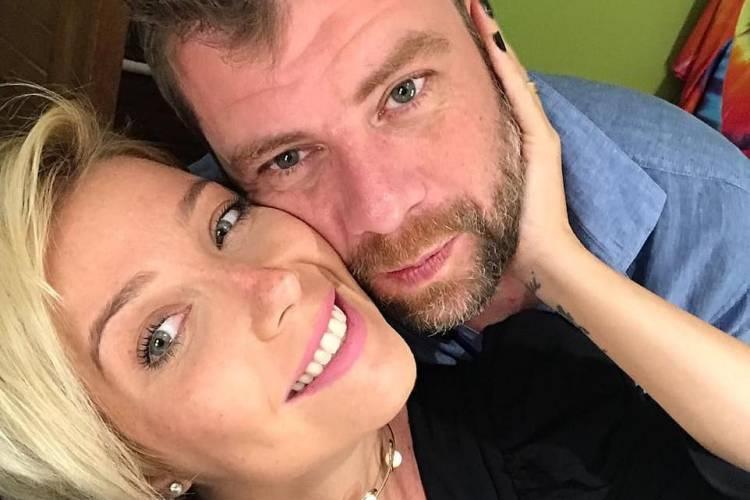 Luiza Possi e o marido Cris Gomes comemoram cinco meses do filho