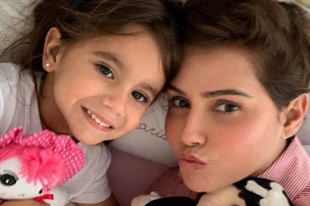 Maria Flor e Deborah Secco / Instagram