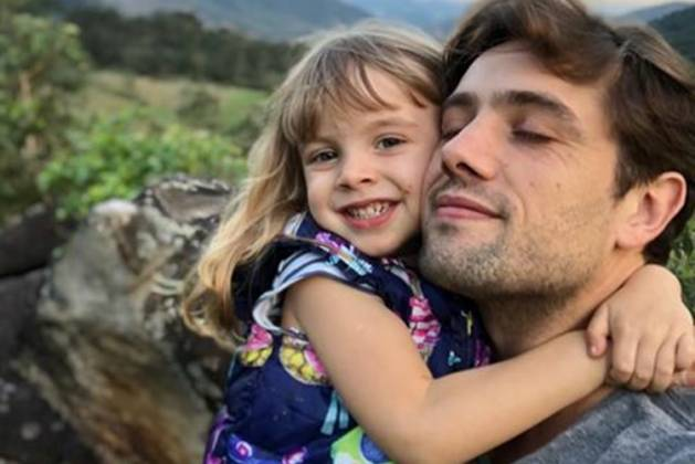Rafael Cardoso e filha Aurora/ Instagram